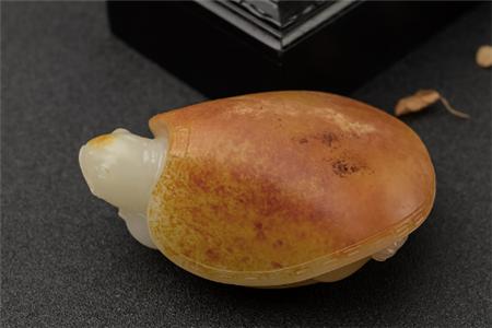 和田玉籽料鉴别,如何鉴别和田玉籽料是否修型
