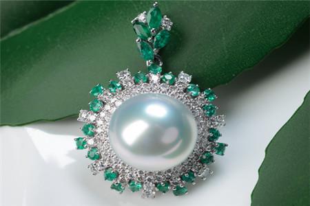 如何挑选珍珠吊坠?珍珠吊住大小多少合适