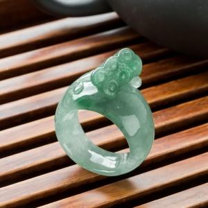 糯冰种飘翠翡翠莲蓬指环