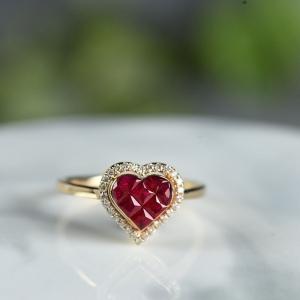 18K鸽血红红宝石爱心戒指