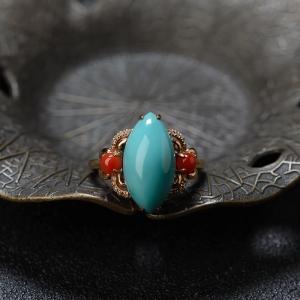 18K高瓷铁线蓝绿绿松石马眼形戒指
