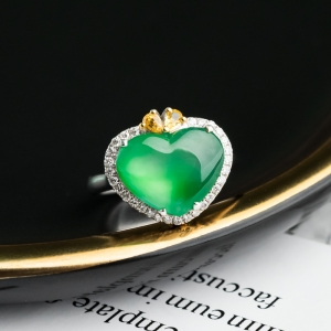 18K冰種蘋果綠翡翠戒指