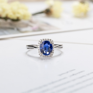 18k矢車菊藍寶石戒指