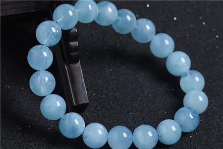 海蓝宝石一克拉多少钱?海蓝宝石价格解析!