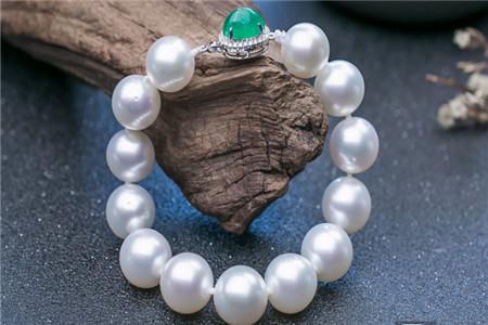 珍珠手链怎样鉴别真假?珍珠手链鉴别技巧