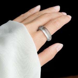 玻璃種淡晴水翡翠指環