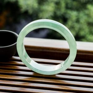 58.5mm糯冰種淺綠翡翠平安鐲