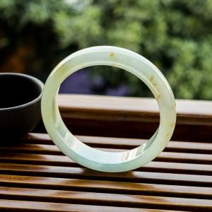 56mm糯冰種淺綠翡翠平安鐲