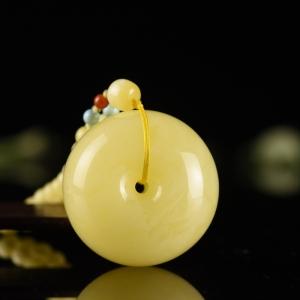 白花蜜蜜蜡平安扣吊坠