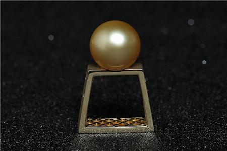 海水珍珠戒指为什么比淡水珍珠戒指贵?海水珍珠戒指怎样挑选?