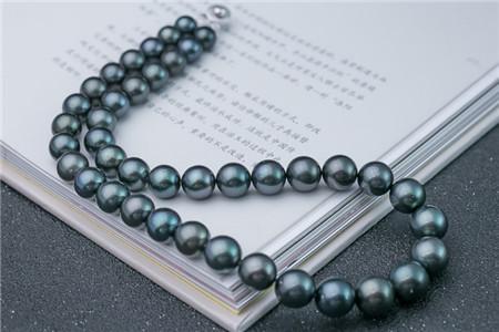 黑珍珠项链为何如此受欢迎?黑珍珠项链图片欣赏!