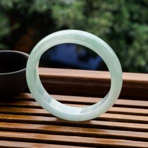 57mm糯冰種淺綠翡翠平安鐲