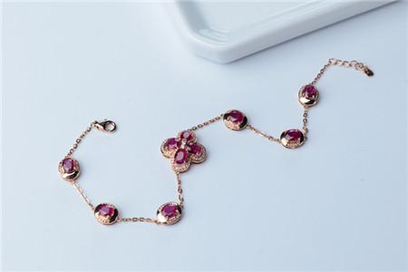天然红宝石手链怎样挑选?什么样的红宝石手链是天然的?
