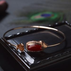 59.5mm18K阿卡牛血红珊瑚手镯