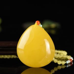雞油黃蜜蠟水滴吊墜
