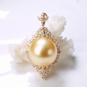 18K海水金色珍珠吊墜