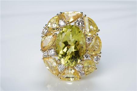 黄水晶大全,黄水晶图片及知识详解