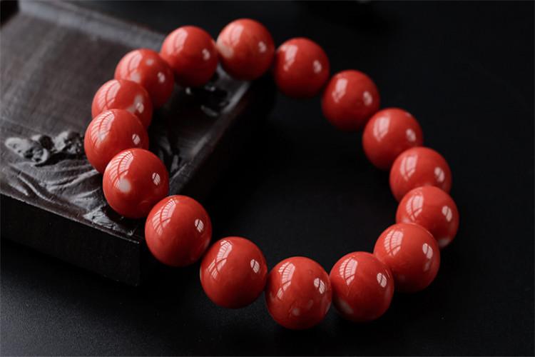 红珊瑚手链挑选难吗,选择这样的红珊瑚手链值了!