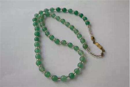 东陵石项链佩戴有什么好处,东陵石项链的功效与作用