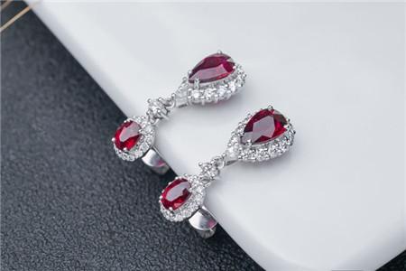 优化处理的红宝石图图片,真假红宝石鉴别图解!