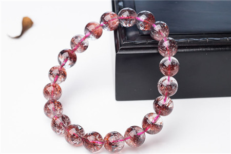 水晶手链一般多少钱,不同品种的水晶手链价格差异分析
