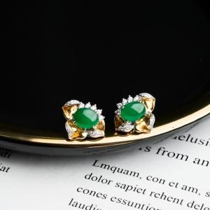 18K糯冰種陽綠翡翠耳釘