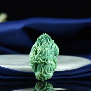高瓷蓝绿绿松石龙行天下吊坠
