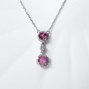 18K粉色蓝宝石项链