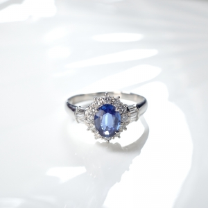 PT蓝色蓝宝石戒指