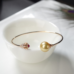 55.5mm18K海水金色珍珠手镯