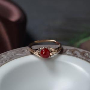 18K阿卡牛血红珊瑚圆珠戒指