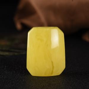 白花蜜雞油黃無事牌吊墜
