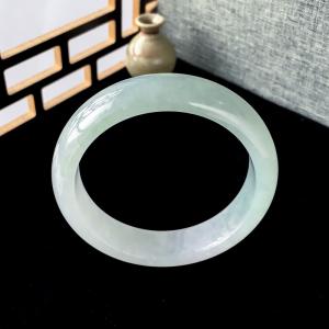 57mm糯冰种浅绿翡翠平安镯