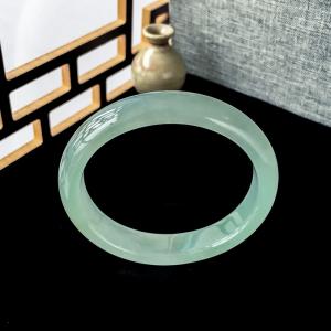 54mm糯冰種淺綠翡翠貴妃鐲