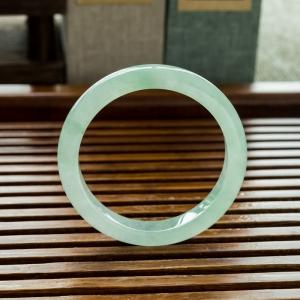 51.5mm糯冰种浅绿翡翠平安镯