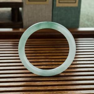 52.5mm糯冰种蓝绿翡翠圆镯