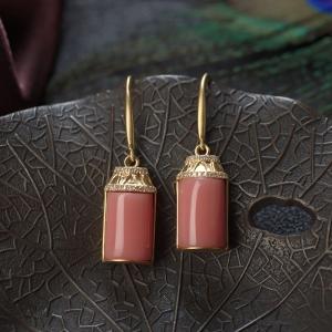 18KMISU珊瑚方形耳环
