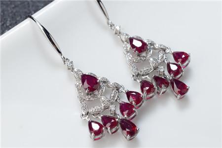 怎么鉴别红宝石?天然红宝石与假红宝石图文对比