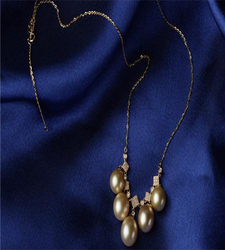天然珍珠项链价格解析,珍珠项链多少钱?