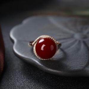 18K阿卡牛血紅珊瑚圓珠戒指