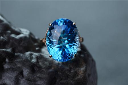 托帕石的功效与作用,托帕石有哪些作用呢?