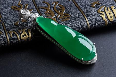 什么是帝王绿翡翠,帝王绿翡翠图片