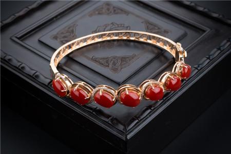 红珊瑚饰品价格,红珊瑚饰品价格到底有多贵