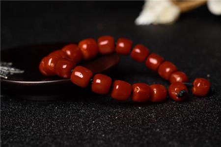 红珊瑚手串图片,红珊瑚手串图片欣赏