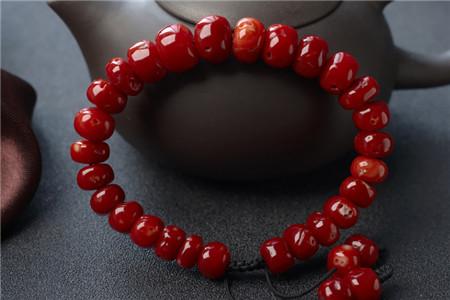 如何鉴别红珊瑚手串?