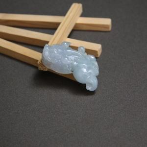糯冰种翡翠貔貅吊坠