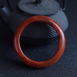 58.5mm火焰纹南红平安镯