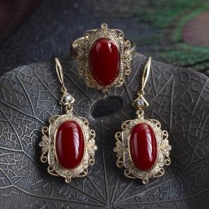 18K阿卡牛血红珊瑚戒指/耳环套装