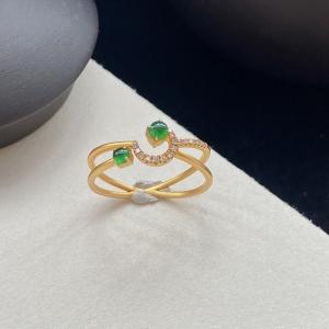 18K冰种翠绿翡翠戒指