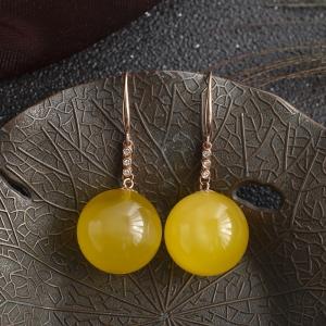 18K鸡油黄金绞蜜圆珠耳环